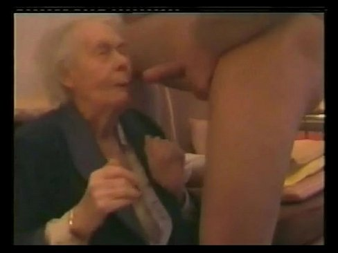 Old granny wants cock