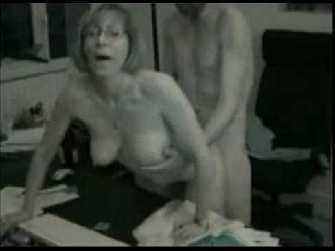 Wife fucked in office