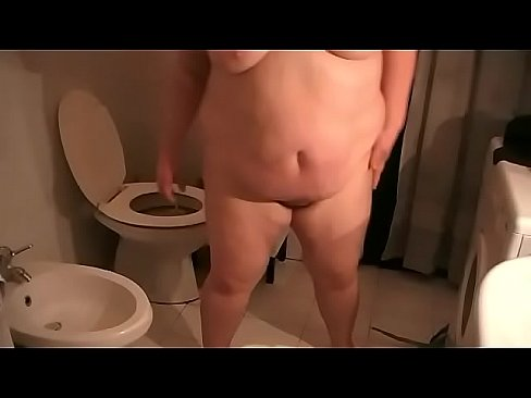 Mature piss on cock while rideing