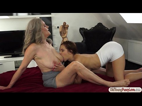 Rawinatandan hot xxx porn videos
