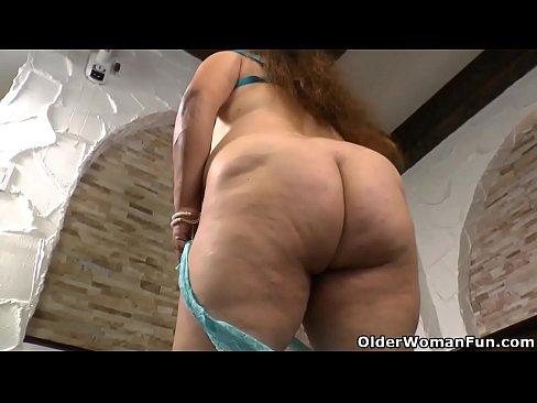 Latina BBW porno