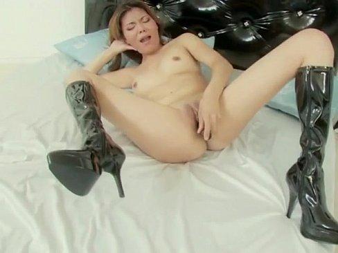 Jessica lowe nude pics