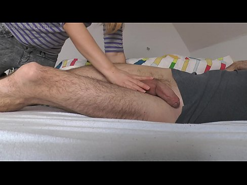 Amateur has never seen a big cock before