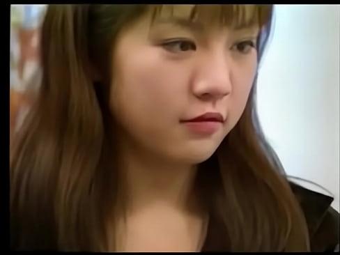 japonesa virgen teniendo sexo por primera vez