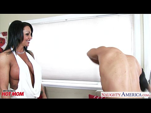 Tattooed brunette mom Ashton Blake fucking