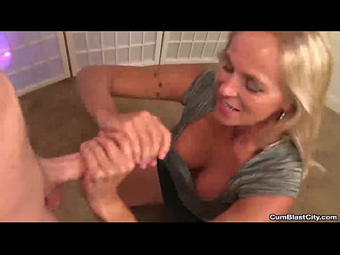 Can recommend milf handjob video