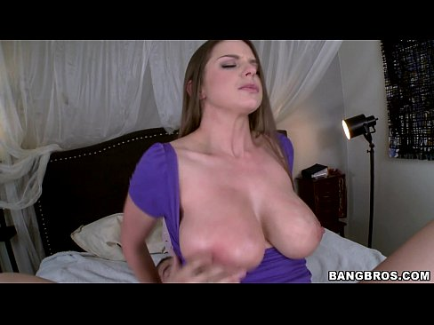 Brooklyn Chase gets Her Pussy Slammed