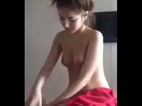 Free videos of girls pissing pants