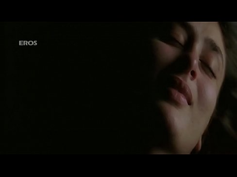 Kareena sex scenes 5
