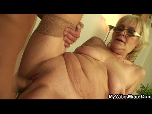 Sex porn old mom