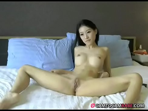 girlfriend naked in the car