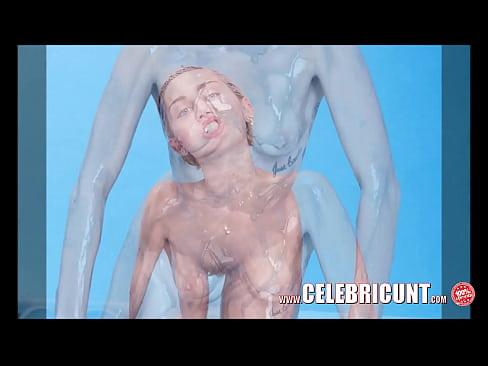 Real naked eva pussy