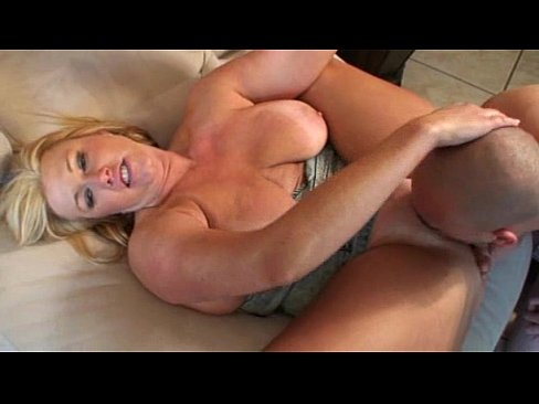 Voluptuous curvy busty round ass free movies