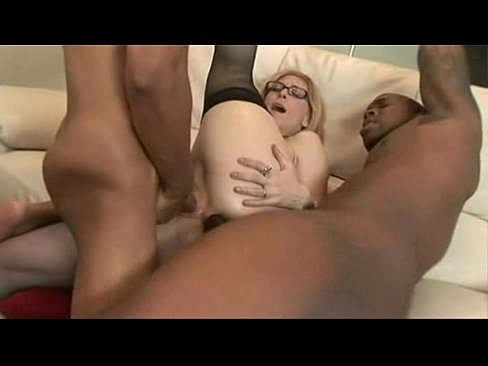 Black old lady sucking dick