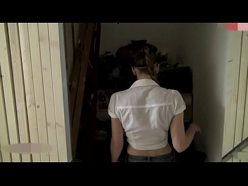 Free flash porn video austria bathroom sex