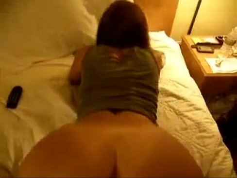 Nude amateur mature wife rubs pussy