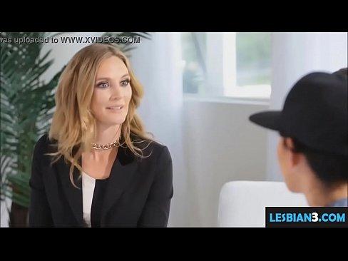 High lesbiam sexual masturbates