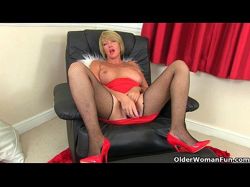 normal-dick-older-grannies-anal-porn-on-diana-garments