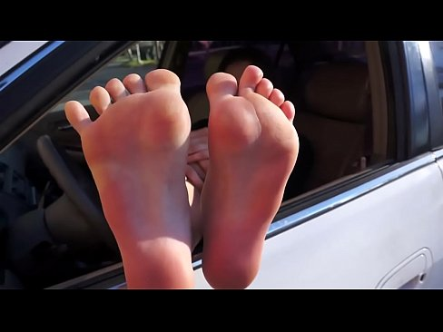 Aria - California Foot Exchange (Youtube Channel) - Girl With Awesome Feet