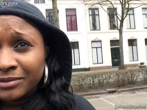 Ebony street blowjob