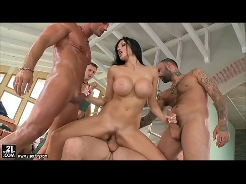 Aletta Ocean loves to get gangbanged