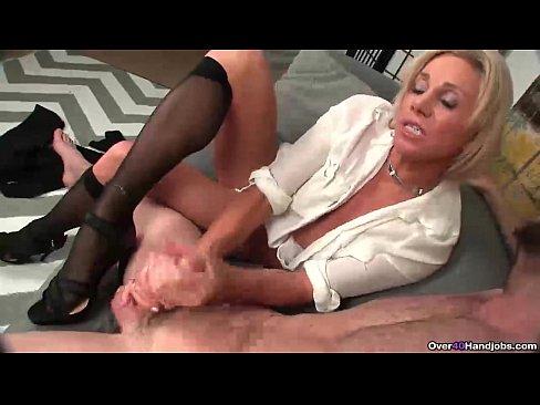 Free videos of women in stockings
