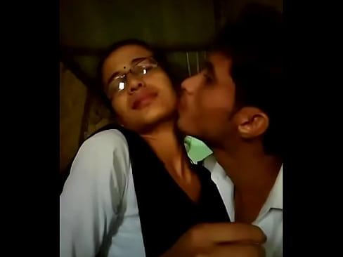 Cum licking pussy
