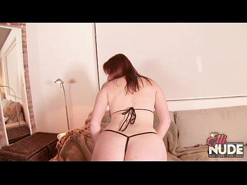 fucking hot redhead curvy pawg in bikini