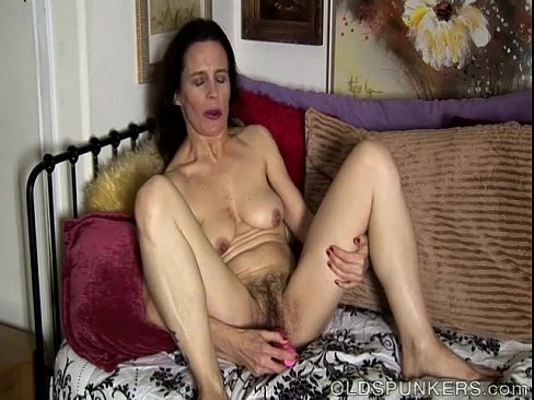 pussy Amateur mature hairy