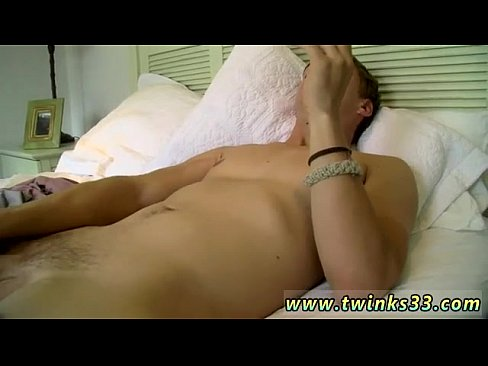 Married couple has threesome