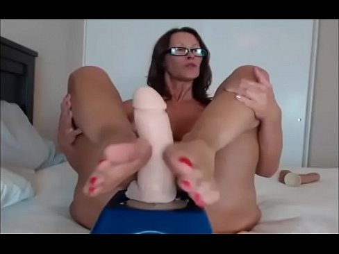 Submissive big tit amateur
