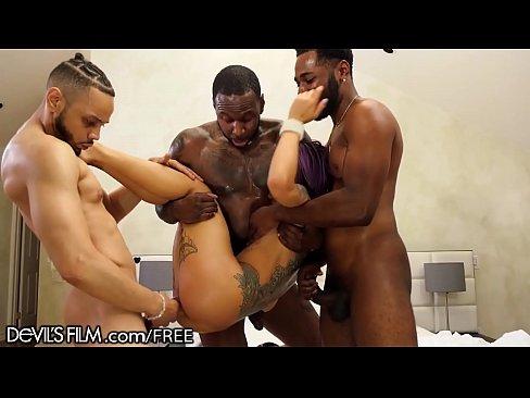 Blow job scene in oz hbo series