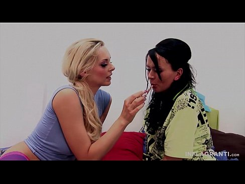 Lesbianx fuck licking pornstar