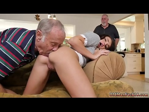 Amateur wife takes in 10 creampies