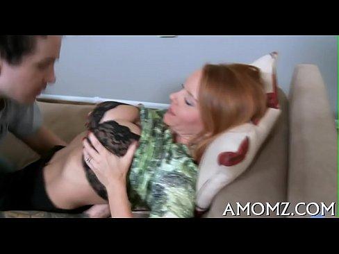 Ebony τραβεστί πορνό φωτογραφία