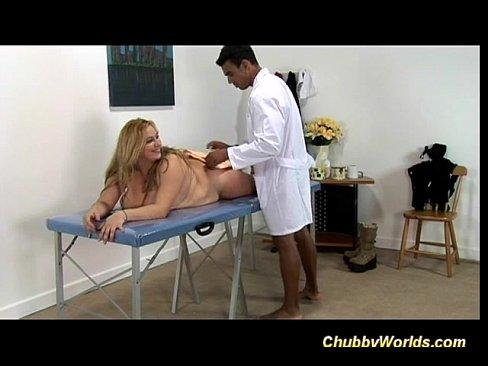 Brunette pornstar hardcore with cumshot