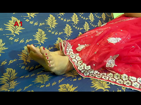 Feet moving around in sari