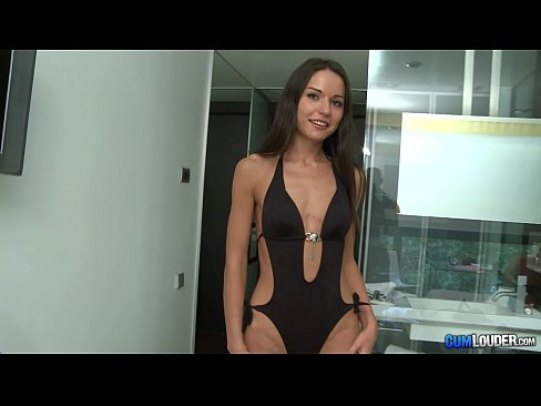Nataly Oro Modella Russa Adolescente Cazzo