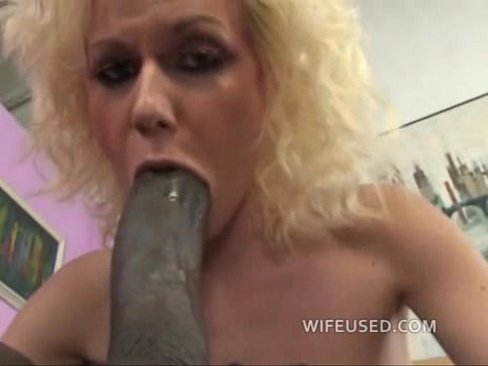 Wife loves cock in her mouth