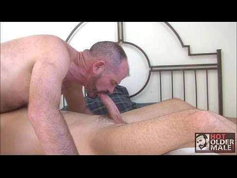 Amateur wifes first attempt at sucking big dick