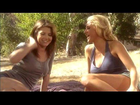 Brooke Belle Porn Gif - jenny lee & brooke belle thresome - XNXX.COM
