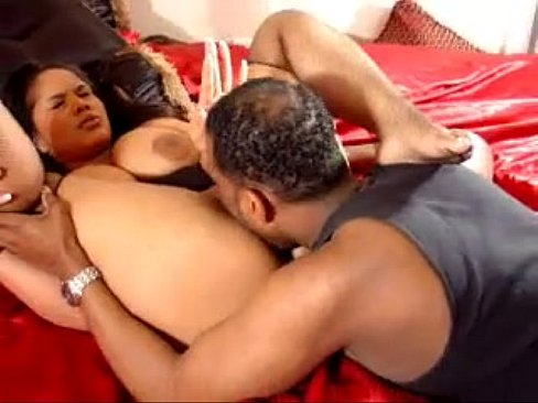 Italia Blue hot pussylicking
