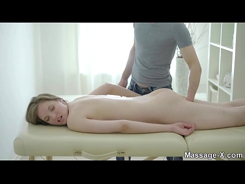 Lesbisk røv sugende porno