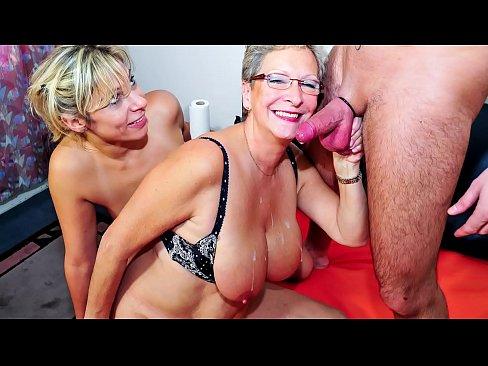 Amateur wife handjob cum slut
