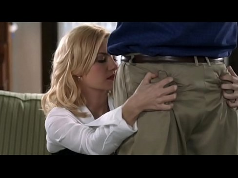 Elisha Cuthbert Girl Next Door Sexy Cut