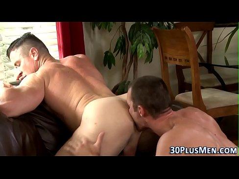 young amateur ts afraid of big dick