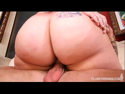 PAWG Tiffany Star has Oiled Rubbed on her Fat Ass N Fucked