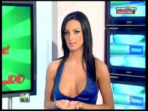 Can not naked news full video