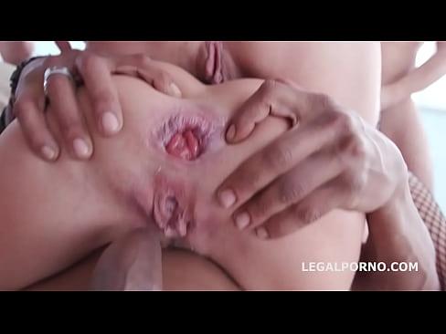 I wanna fuck suck dick