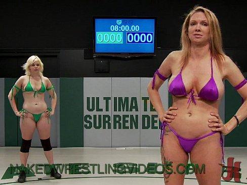 Submission wrestl lesbo